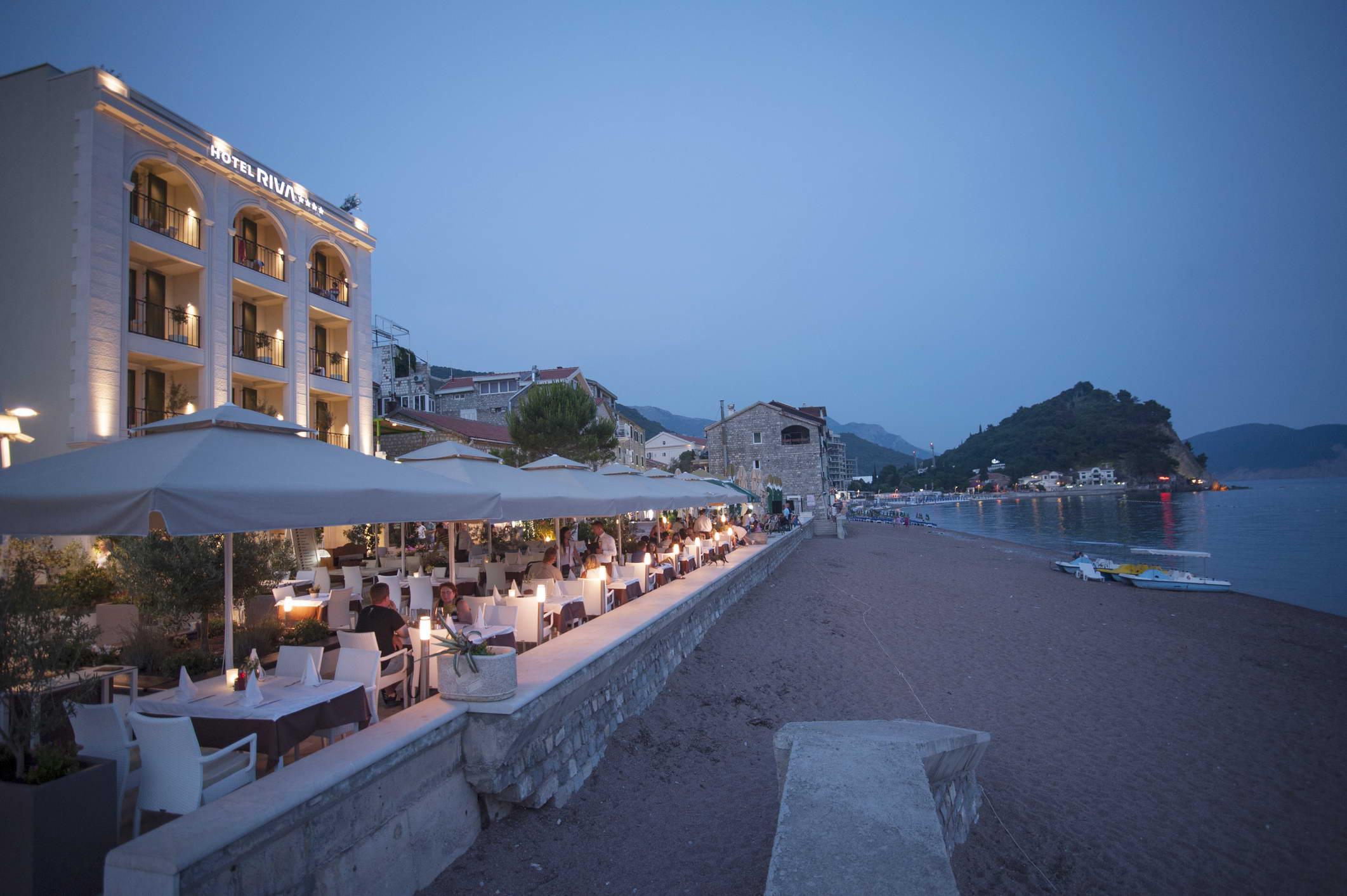 Hotel Riva cover photo